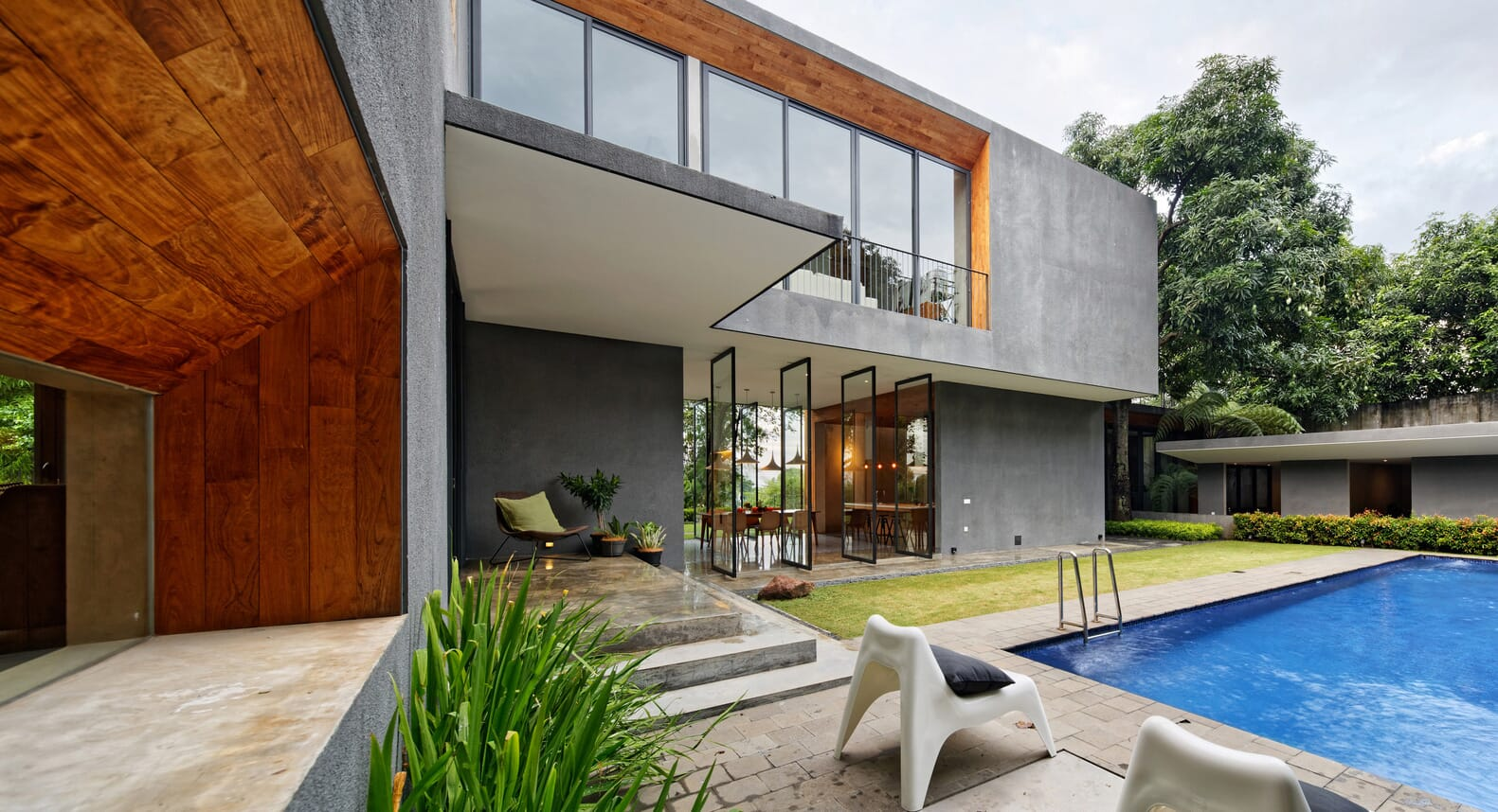How A Mango Tree Inspired The Spectacular Inside Outside House
