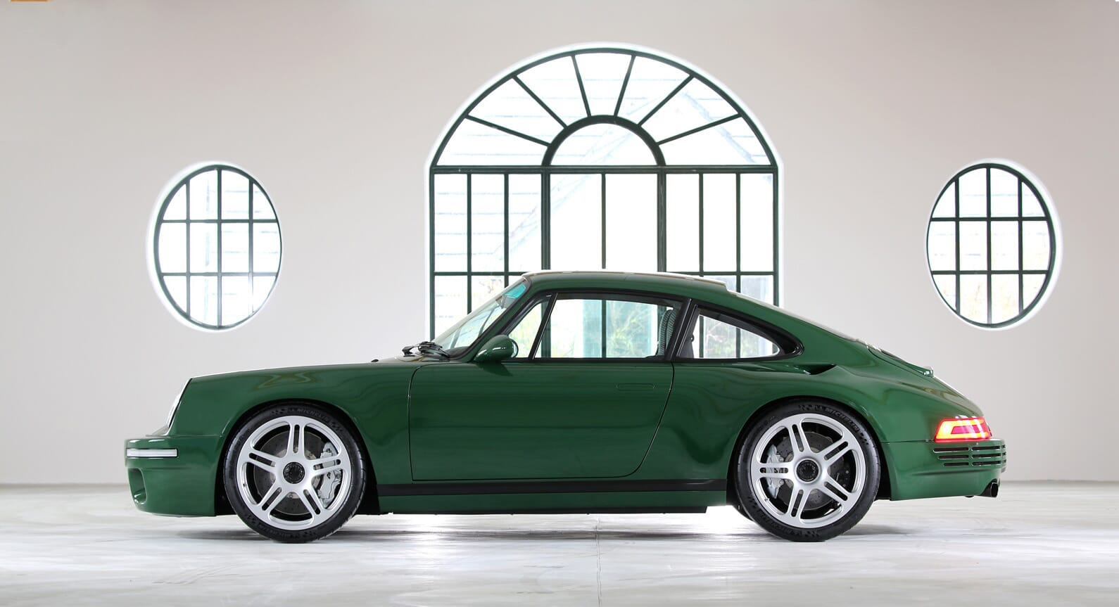 How RUF Makes The Ultimate 911 Reach 200MPH