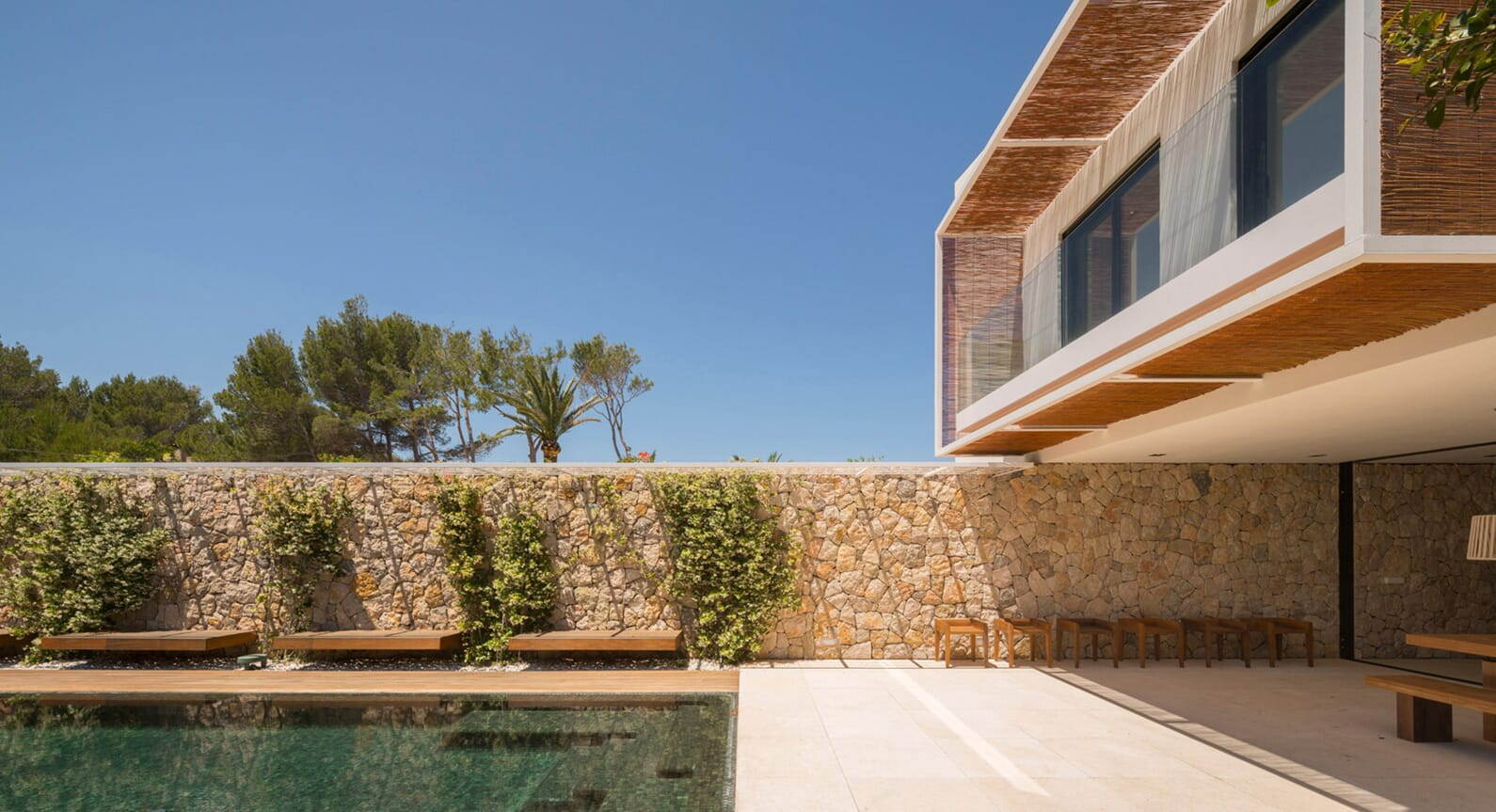 3 Reasons Why The M24 House Is The Perfect Holiday Home