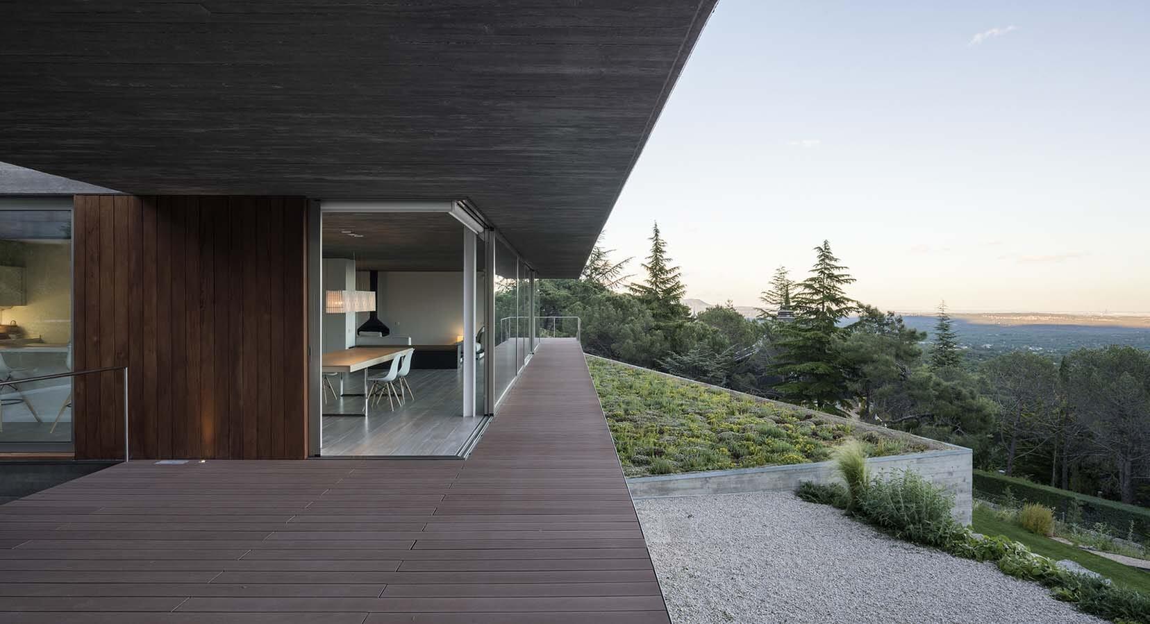 How An Oak Tree Inspired This Stunning Spanish Retreat By Aranguren & Gallegos Arquitectos