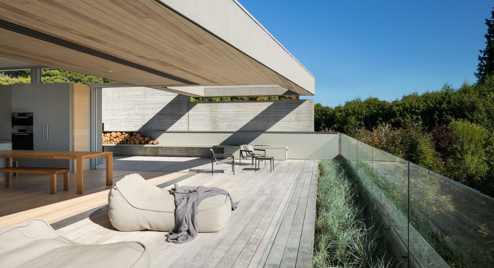 A Mix Of Light & Privacy: G'Day House By Mcleod Bovell Modern Houses