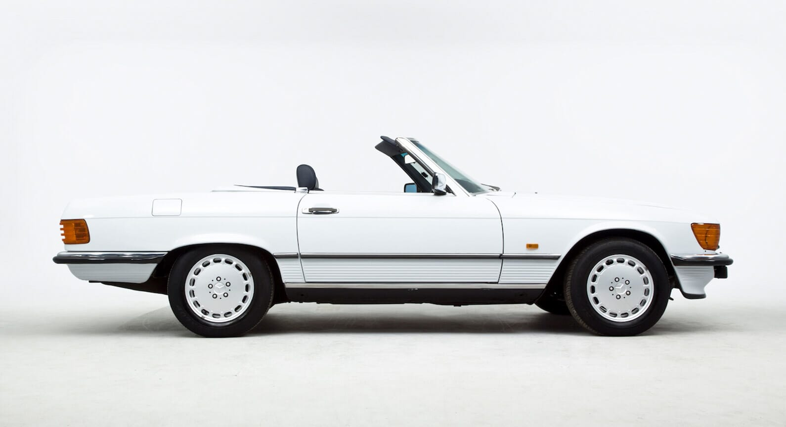 Why This Mercedes 420 SL Is Our Favourite Summer Convertible