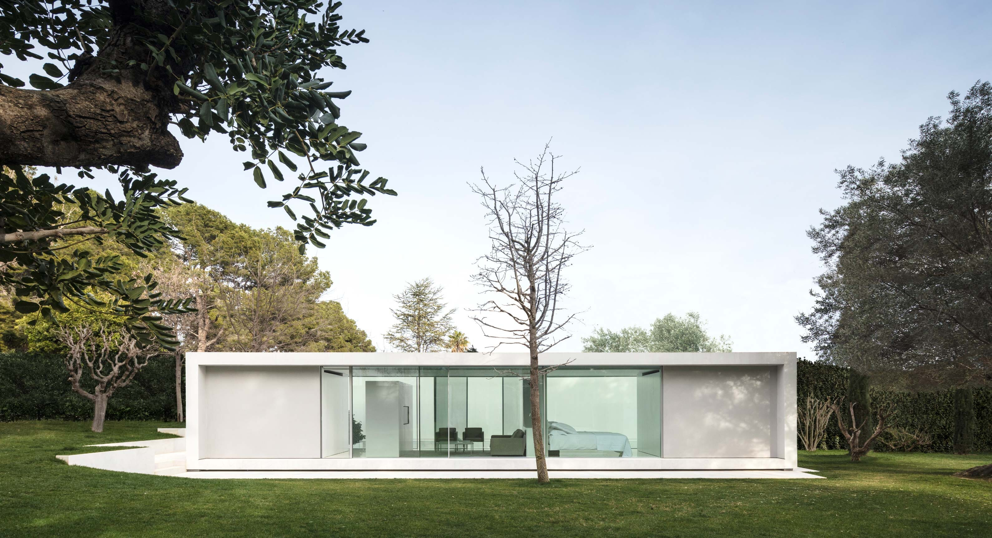 Unearth The Secrets Of Simplicity In This Minimalist Spanish Pavilion