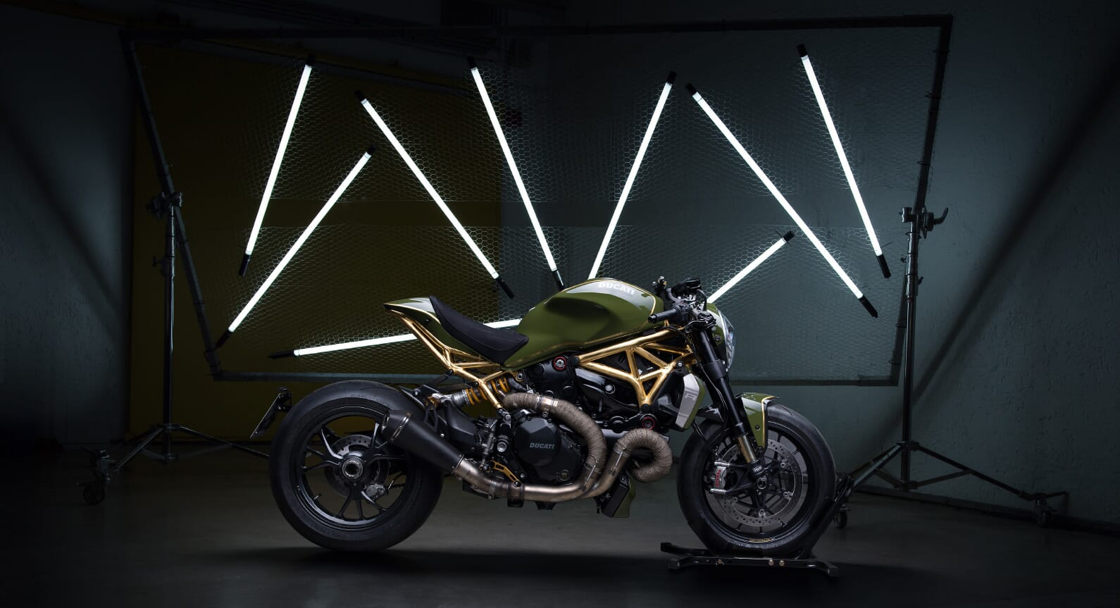 Diamond Atelier's Outrageous 1200R With 24K Gold Accents
