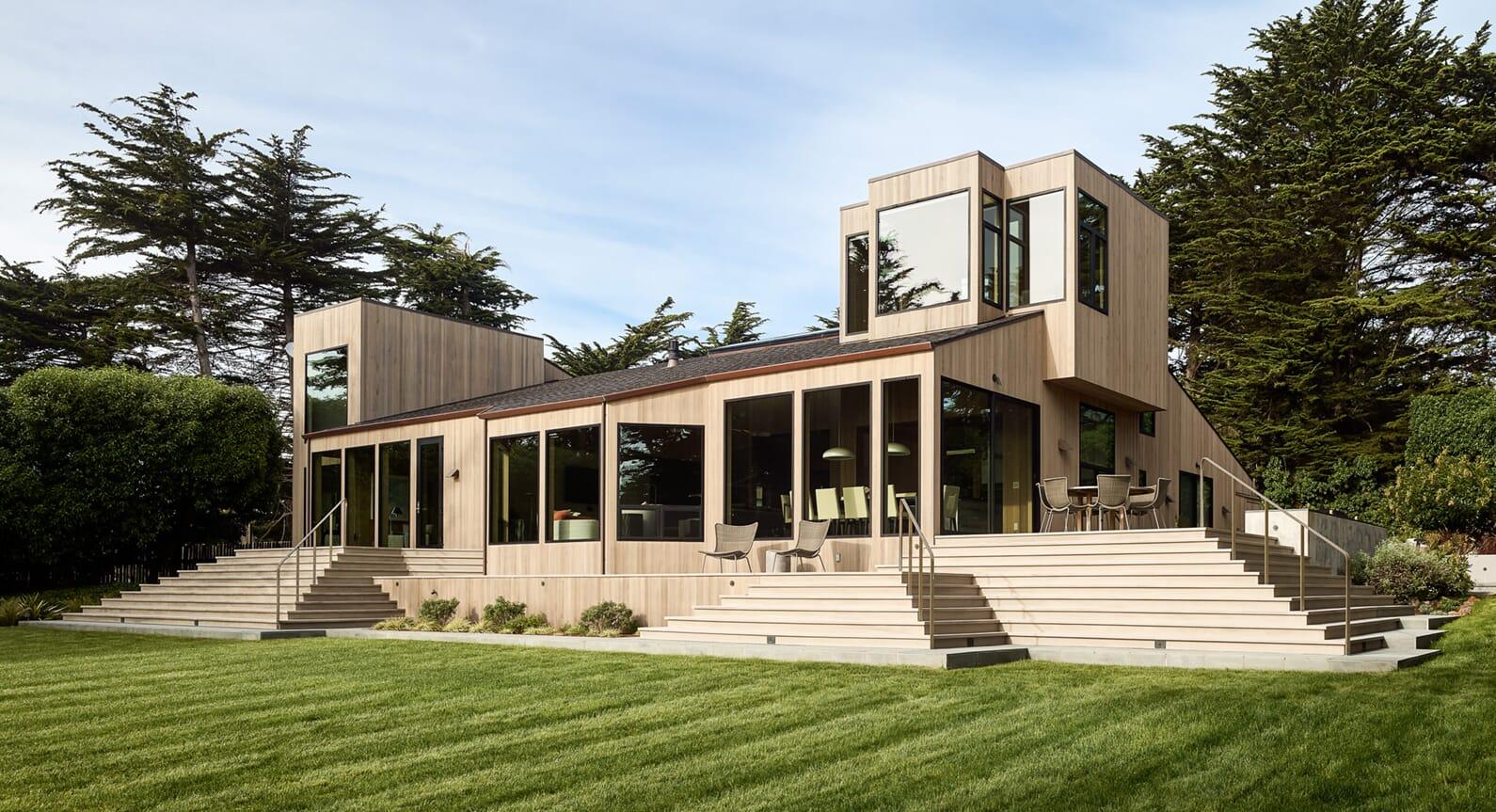A Mini-Masterpiece Of Modernism: Bluff Reach In California