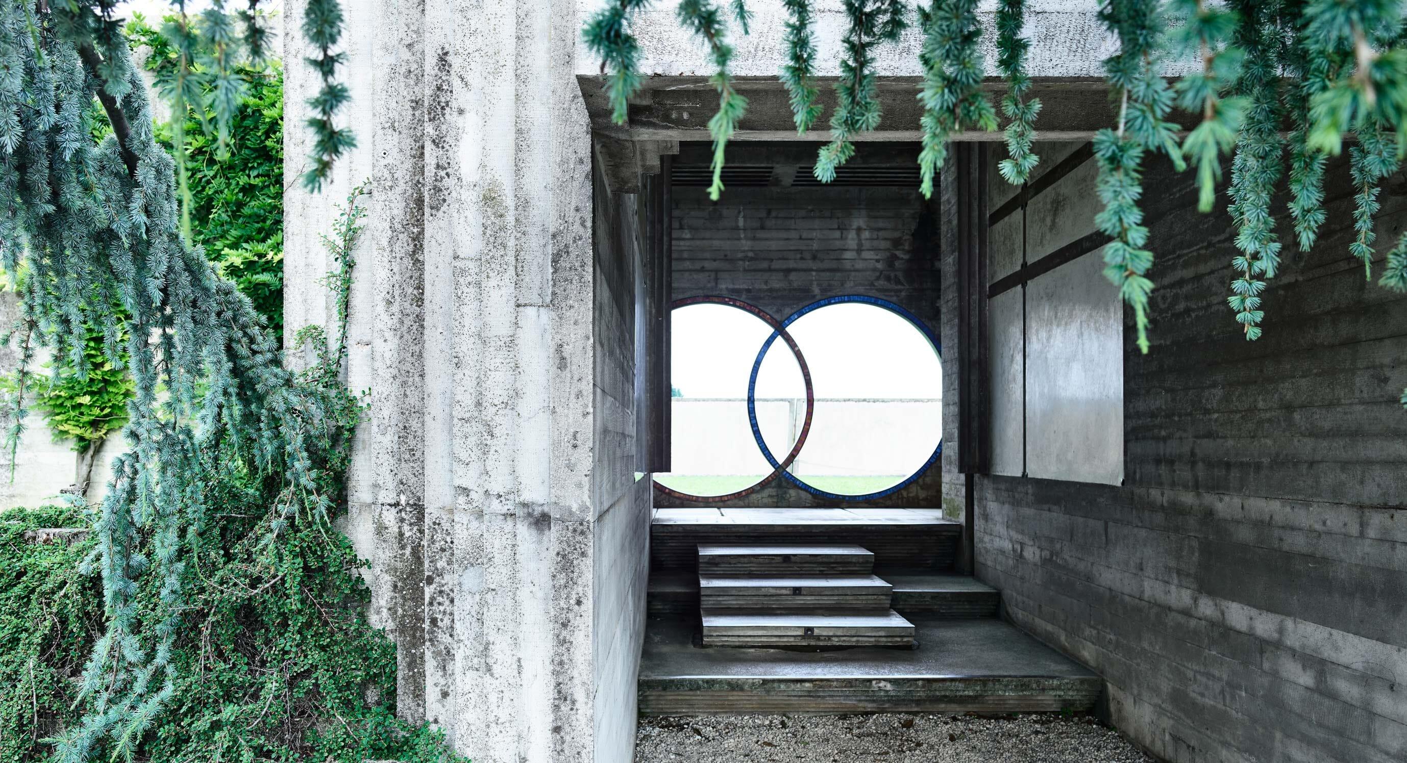Outdistance: Derek Swalwell's Investigation Into Italian Brutalism