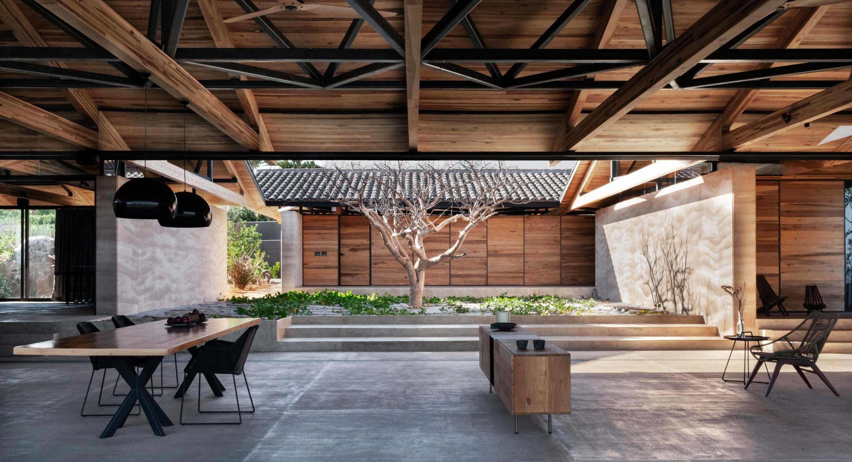 Dellekamp's Cabo House Shows The Strength of Mexican Architecture