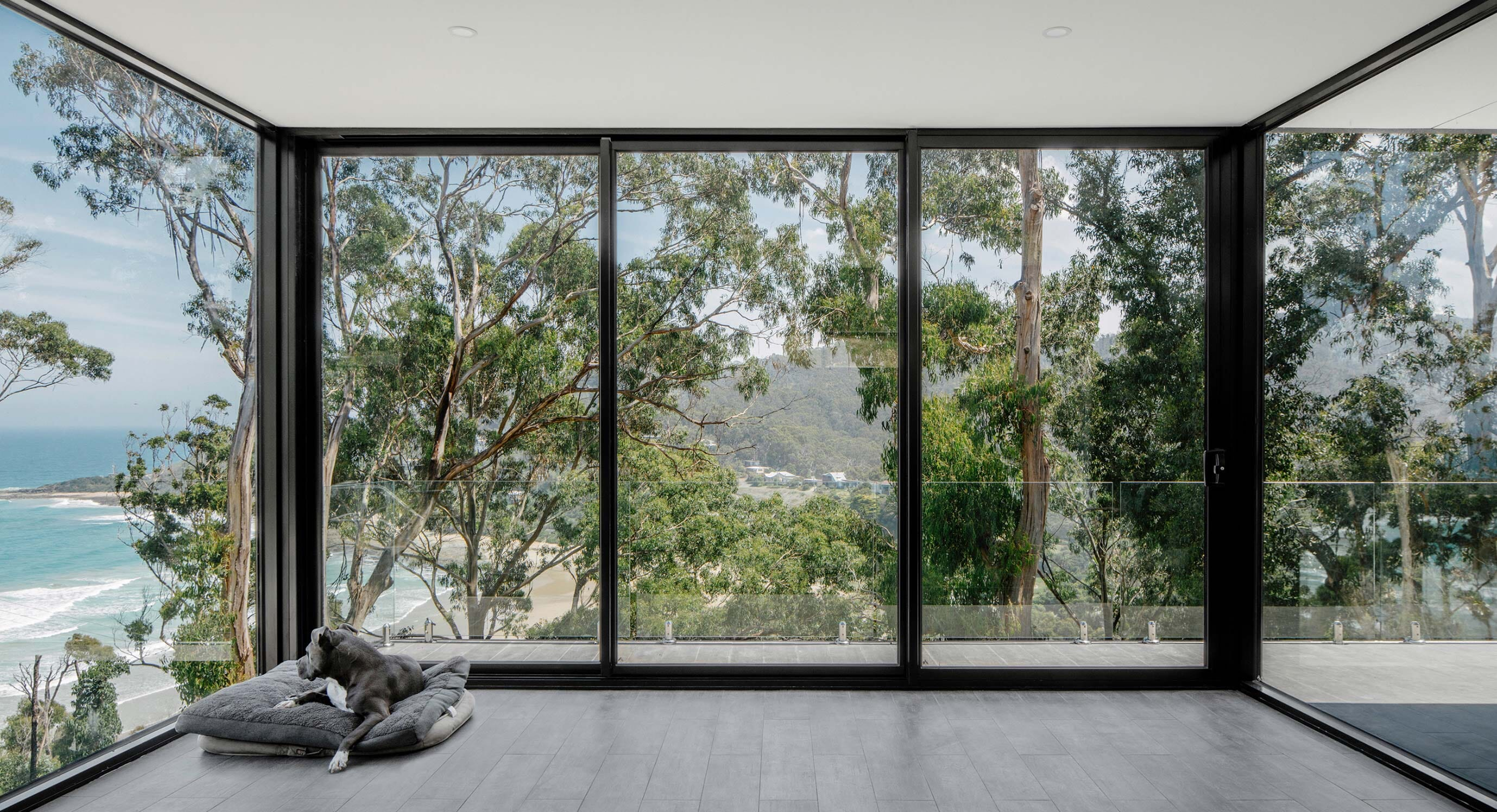 A Rural Resurrection: The Wye River House by MGAO