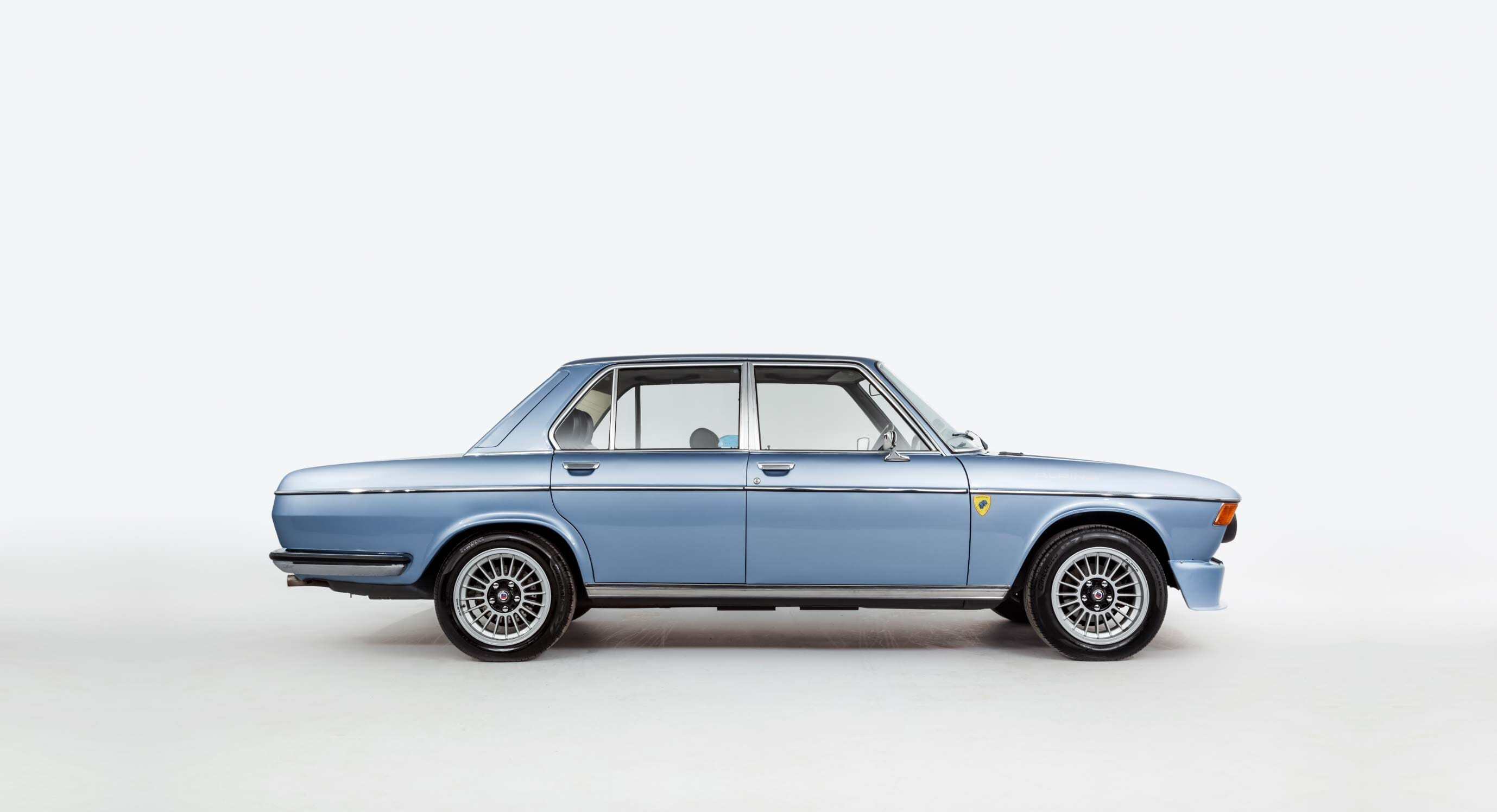 Classic Car Find of the Week: 1972 BMW E3 3.0S
