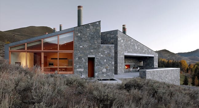 Go off-grid in the incredible Sun Valley House