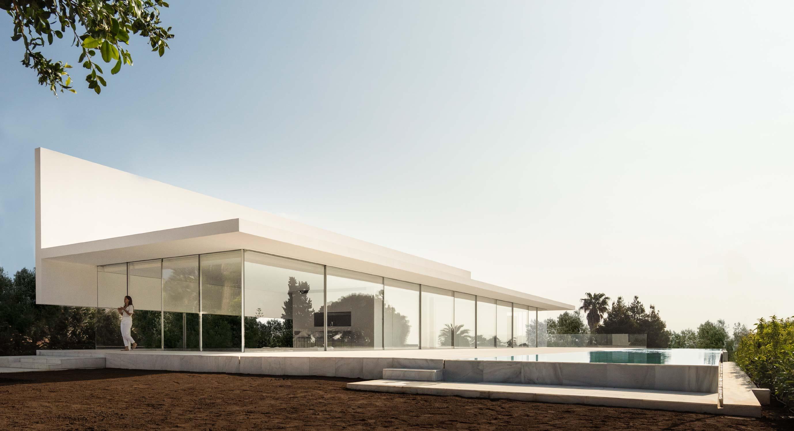 Fran Silvestre Arquitectos' Hoffman House Is Secretly Private