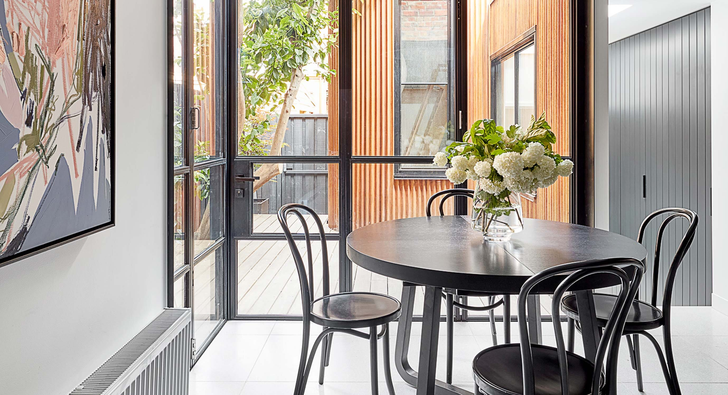 Fishley House Modernises An Early-Victorian Terrace