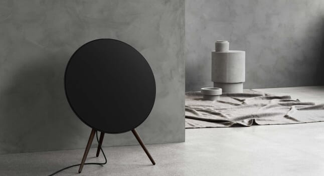 Bang & Olufsen: The Black Edit
