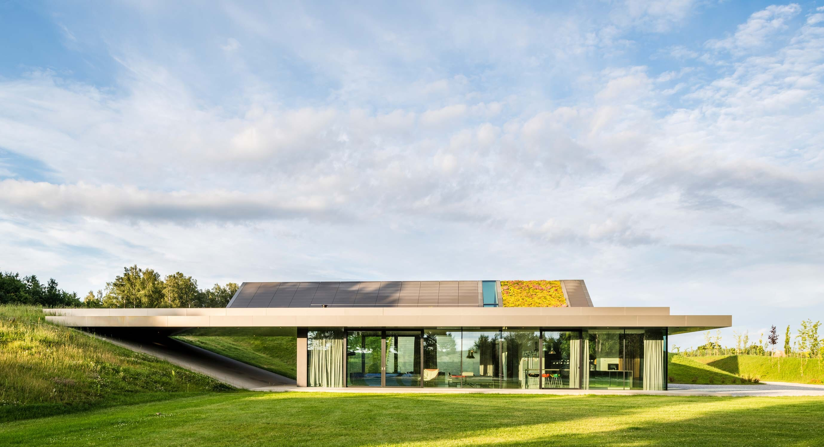 The best of both worlds: Green Line House