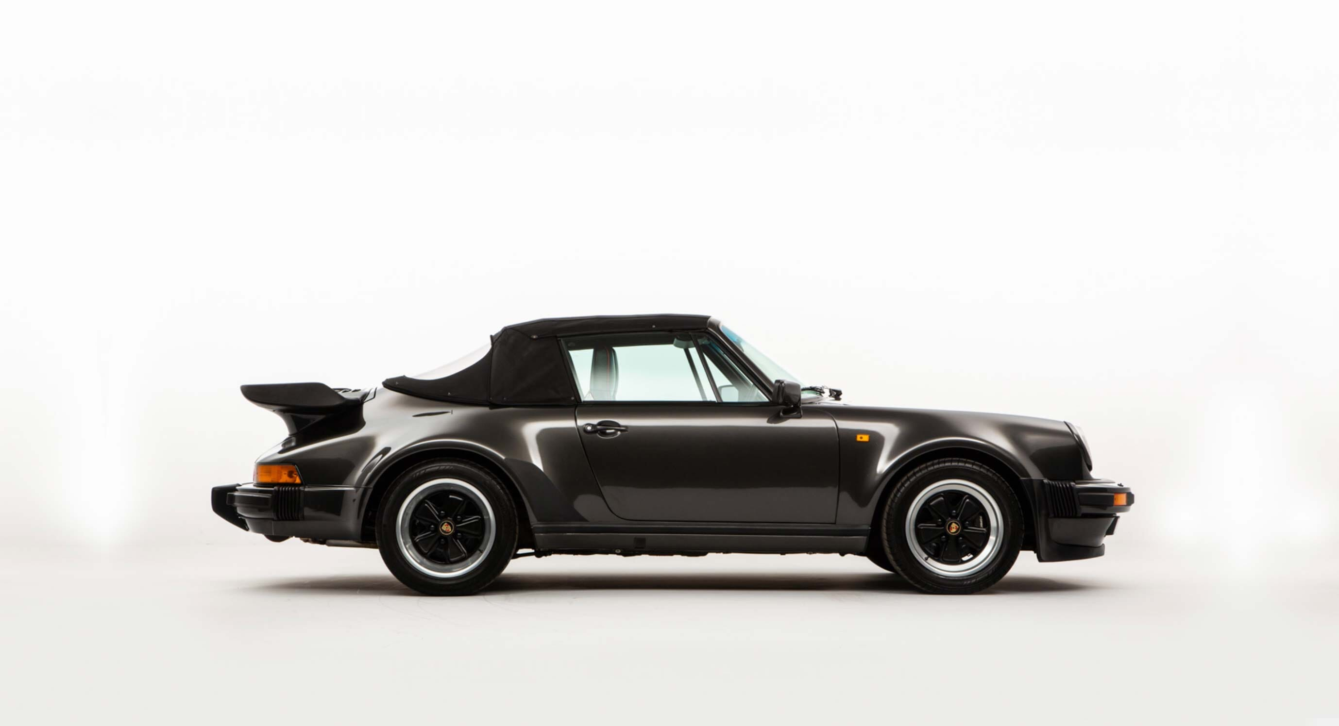 This timeless Porsche 911 Turbo has been revamped