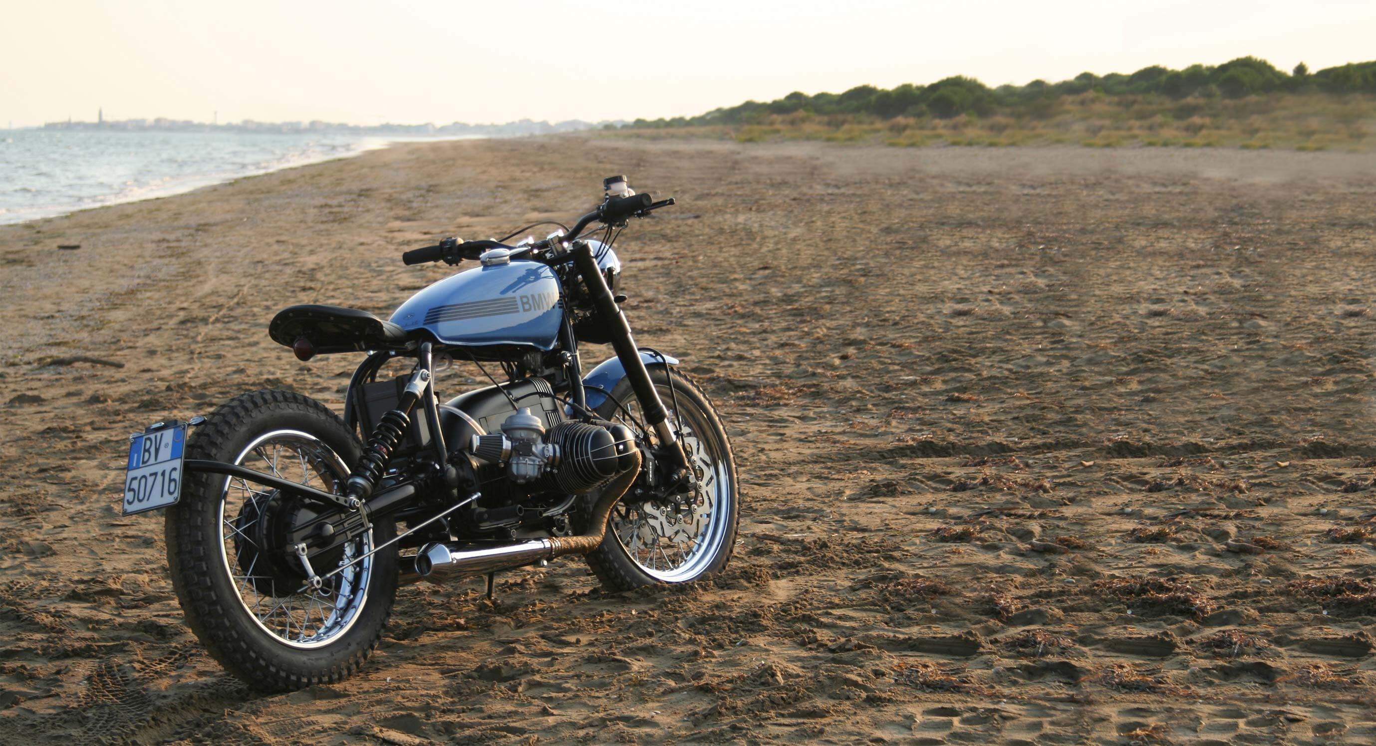 La Motocicletta BMW R80ST: The golden ratio