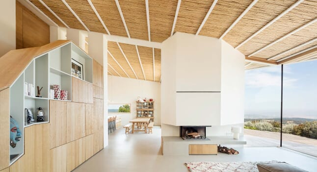 House in Mas Nou: Orientation towards surroundings