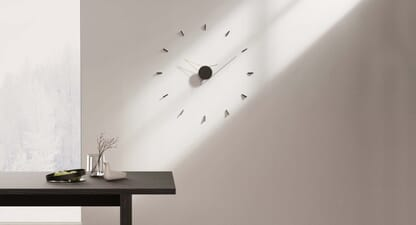 Beyond Object Silo Wall Clock: Less is more