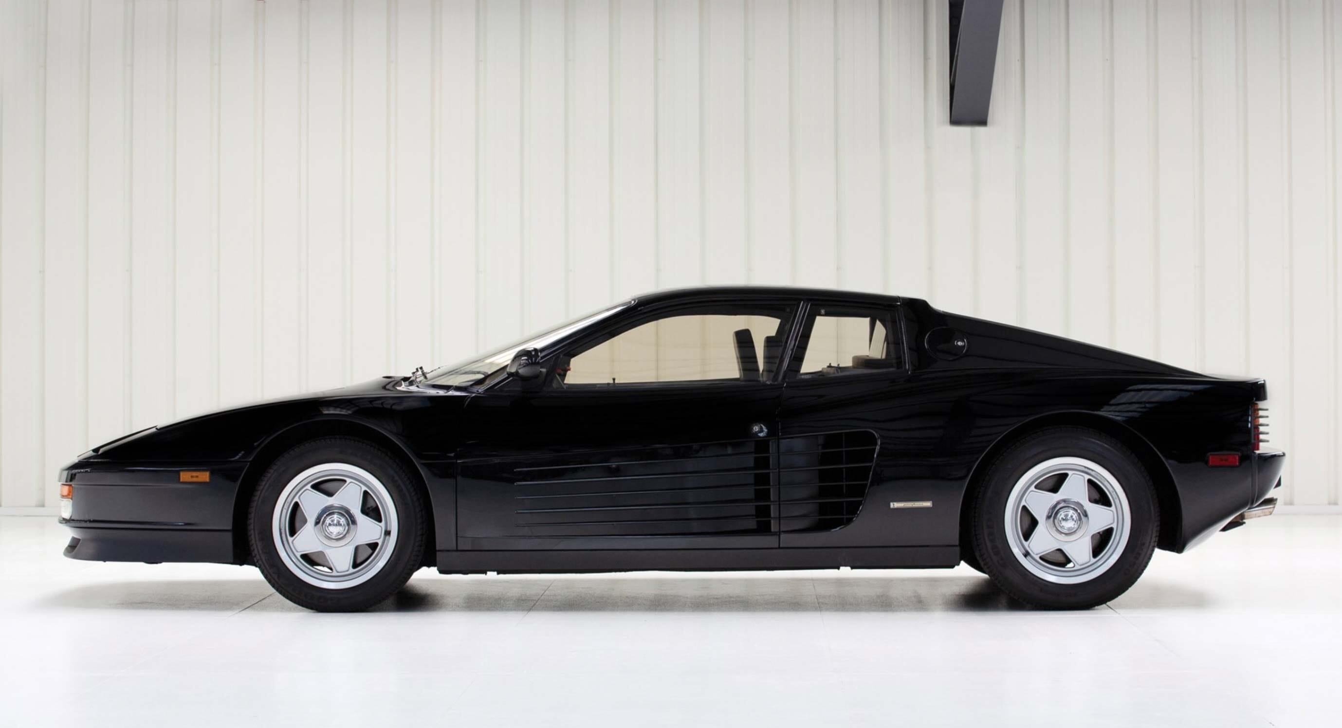 1988 Ferrari Testarossa: Finding nero