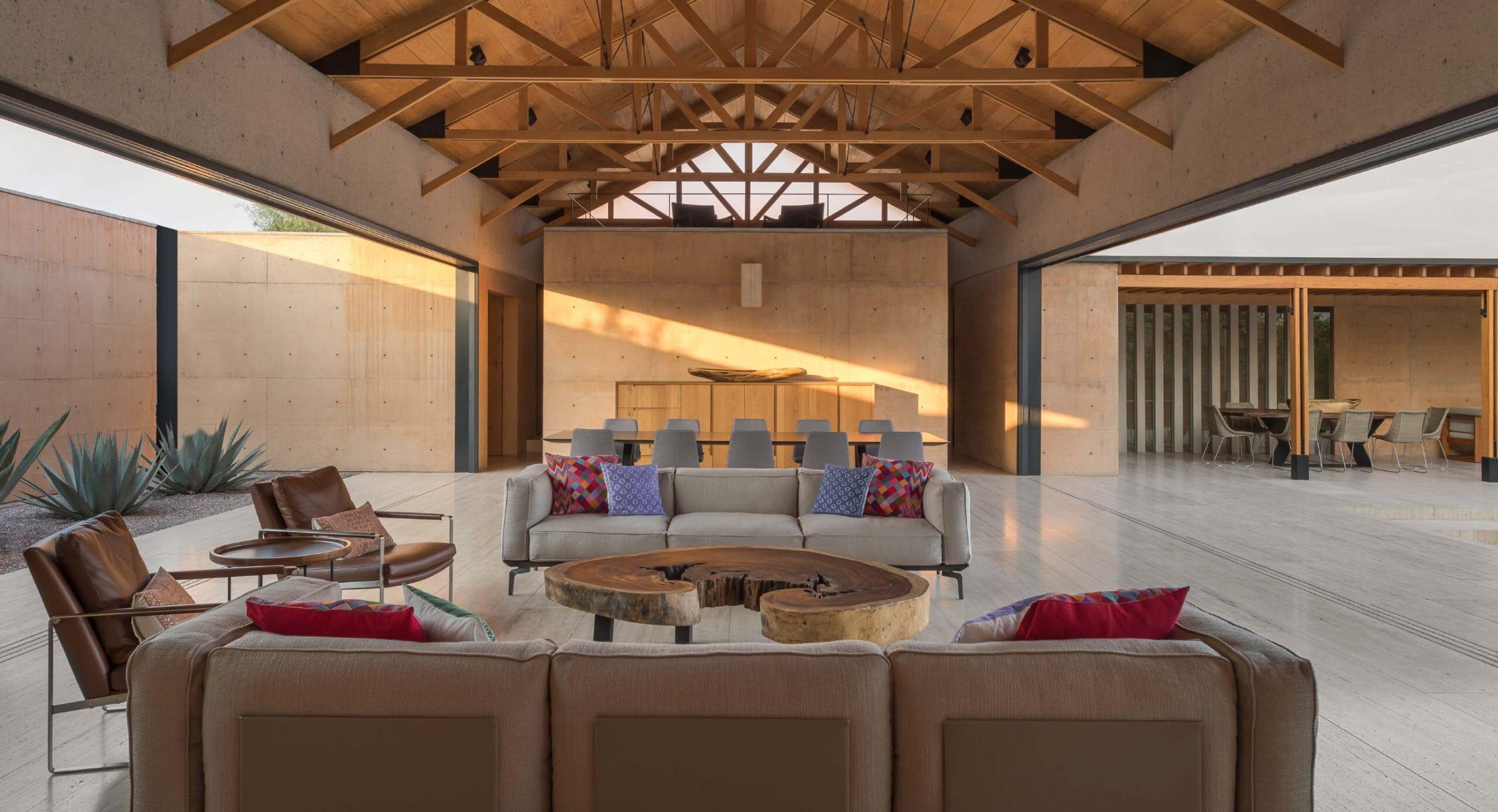 Casa Moulat: Transforming interior spaces