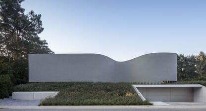 Villa MQ: Form following function