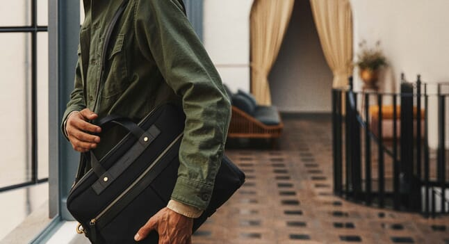 How to choose the perfect work bag