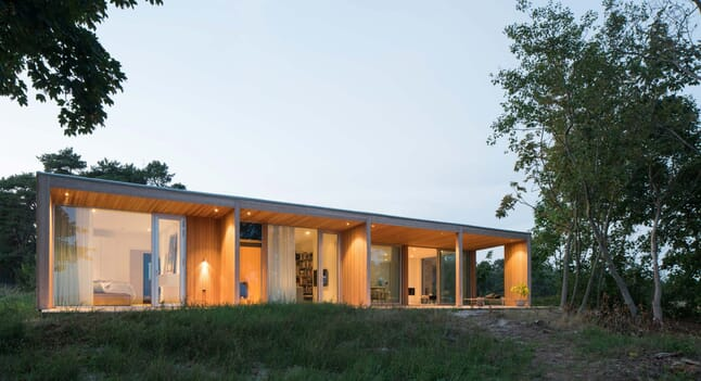 Summerhouse H: Putting surroundings first