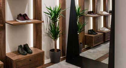 Support the independents: Contemporary minimalism
