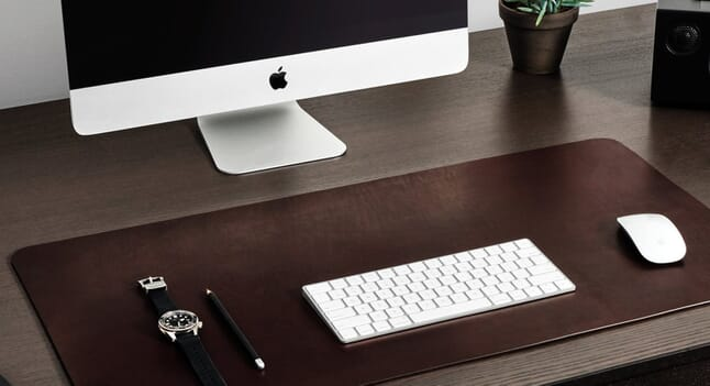 Carl Friedrik: 3 desk accessories to complete your home office