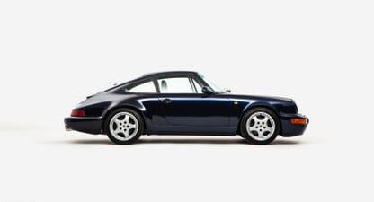 Porsche 911 964 C4: Flat-six symphony in midnight blue