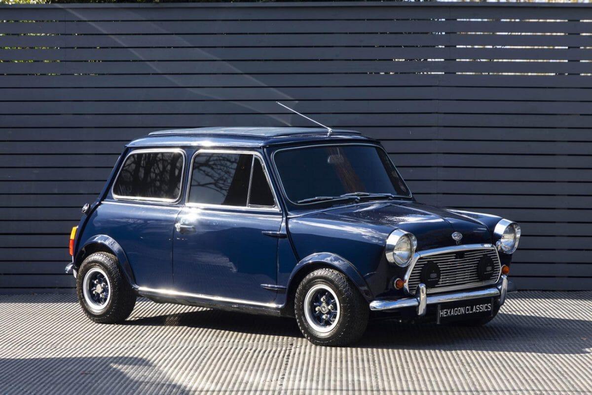 Classic Mini Mayfair Keyring BL classic British car keyring Morris Austin