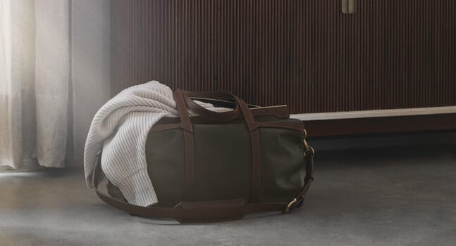 9 men's weekender bags for a stylish getaway