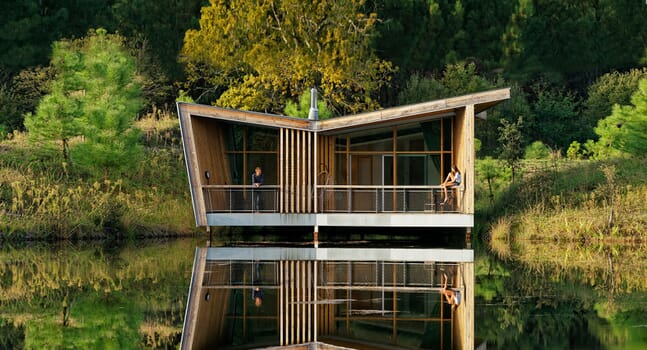 5 eco-lodges for a more environmentally friendly holiday