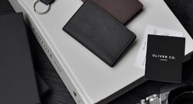 10 minimalist wallets for understated elegance
